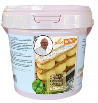 Hot natural pastry cream
