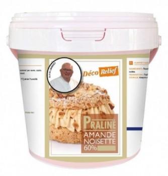 Almond hazelnut praline 60%