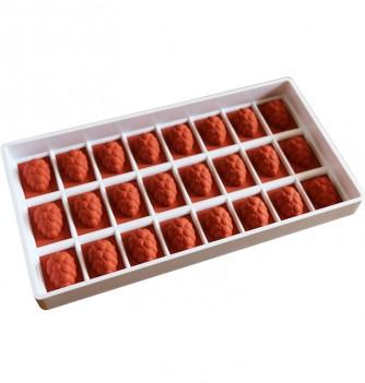 24 Raisins - 38 x 26 x 16 MM