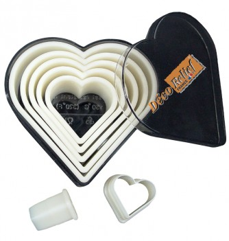 Pastry cutters 7 smooth hearts